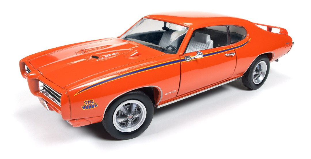 AMM 1/18 1969 Pontiac GTO Judge