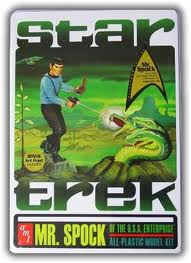 AMT Mr. Spock of the U.S.S. Enterprise 1/25 Model Kit (Level 2)