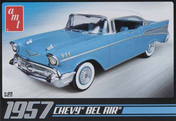 AMT 1957 Chevy Bel-Air Blue 1/25 Model Kit (Level 2)