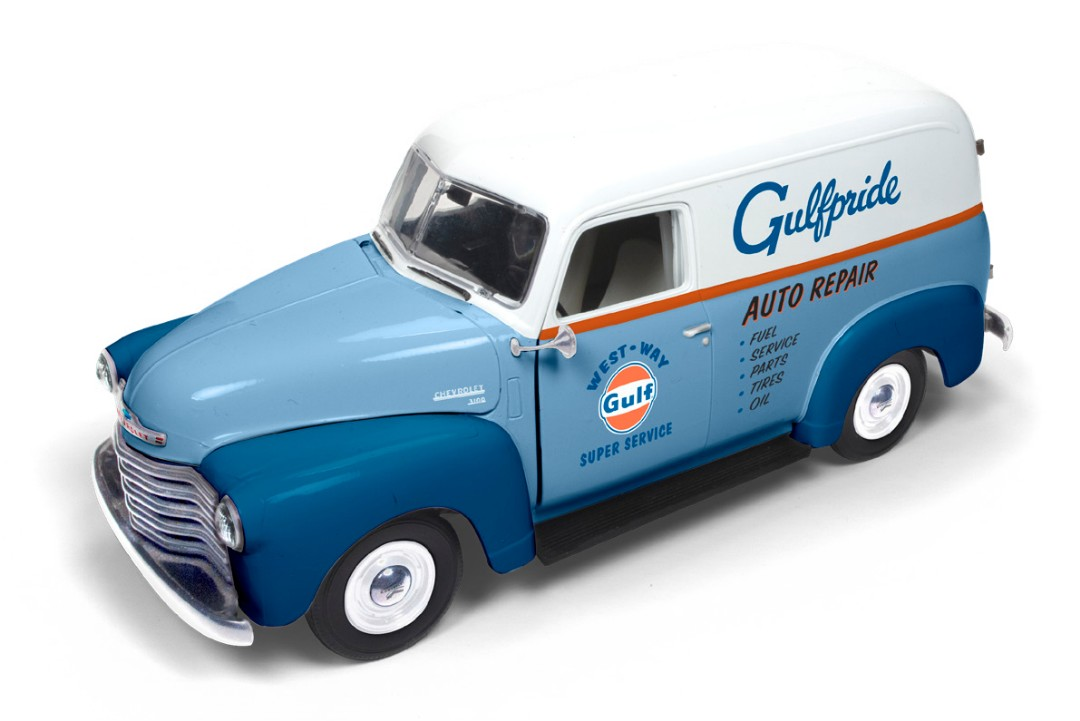 Auto World 1/18 1948 Chevy Panel Delivery (GULF)