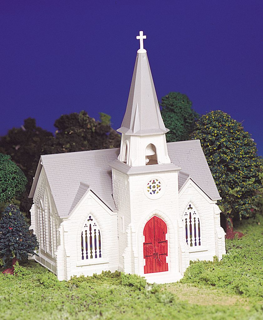 Bachmann Cathedral - Plasticville USA Building (HO Scale)