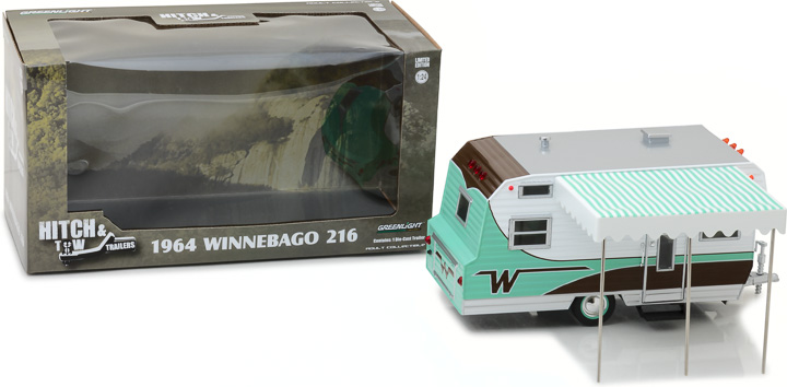 Greenlight 1/24 Hitch & Tow Trailers - 1964 Winnebago Travel Tra