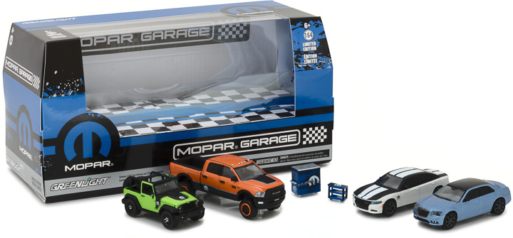 Greenlight 1/64 Multi-Car Dioramas - MOPAR Swap Meet