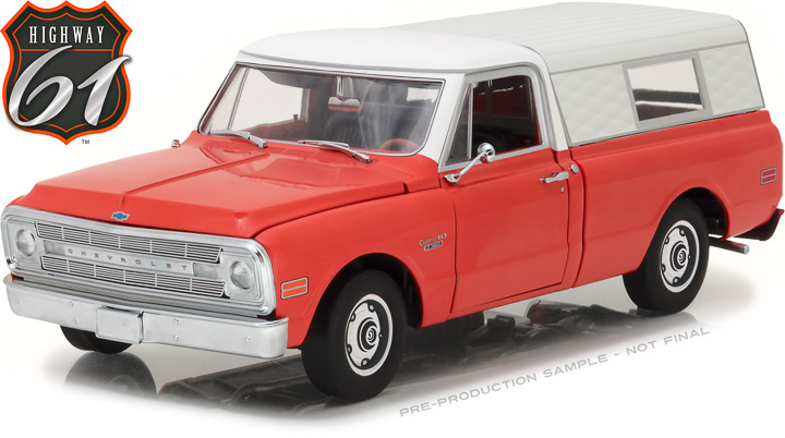 Highway 61 1/18 1970 Chevrolet C-10 Pickup with Camper Shell