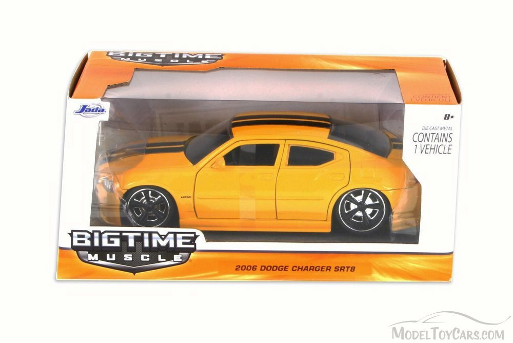"""BIGTIME Muscle"" 1/24 2006 Dodge Charger SRT 8 - Metallic Yellow"
