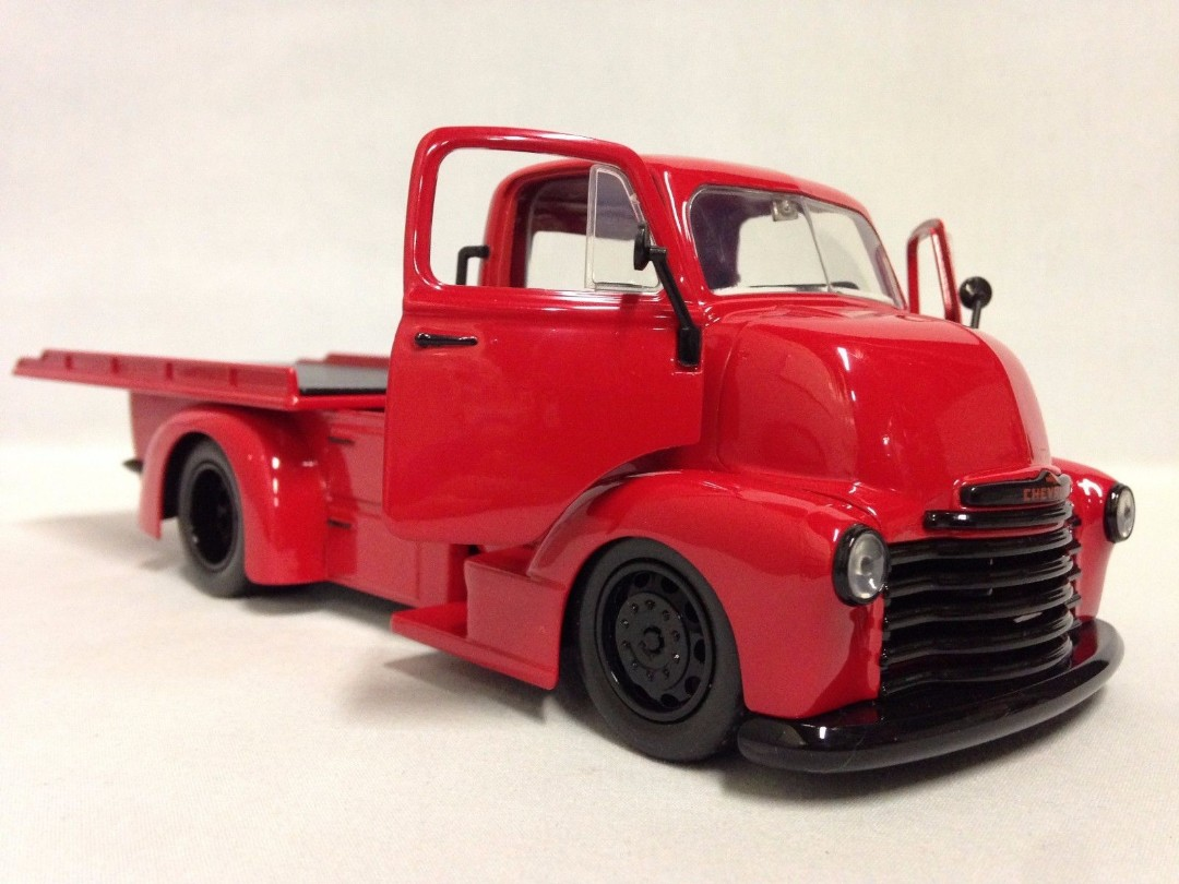 """Just Trucks"" 1/24 1952 Chevrolet COE Flatbed - Glossy Red"