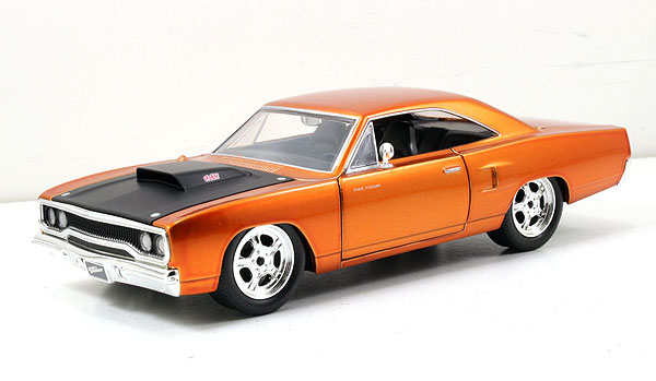 """Fast & Furious 7"" 1/24 Dom's 1970 Plymouth Road Runner"