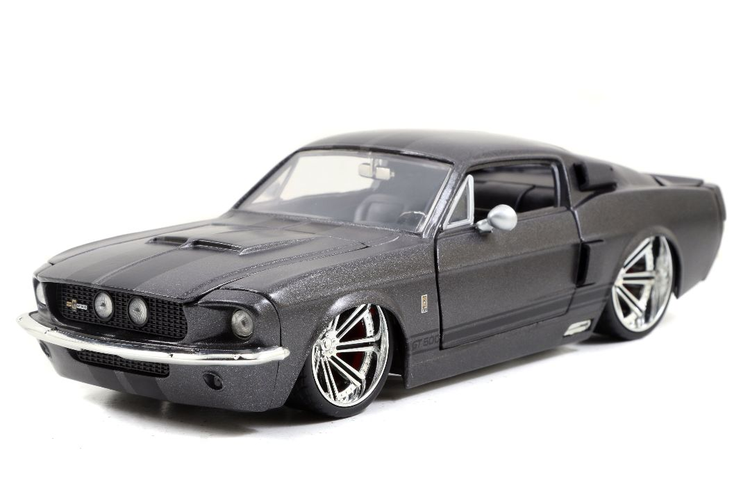 """BIGTIME Muscle"" 1/24 1967 Shelby GT500 - Primer Charcoal Grey"