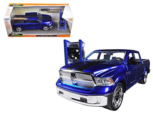 """Just Trucks"" 1/24 2014 Ram 1500 with Extra Wheels/Rack - Glossy"