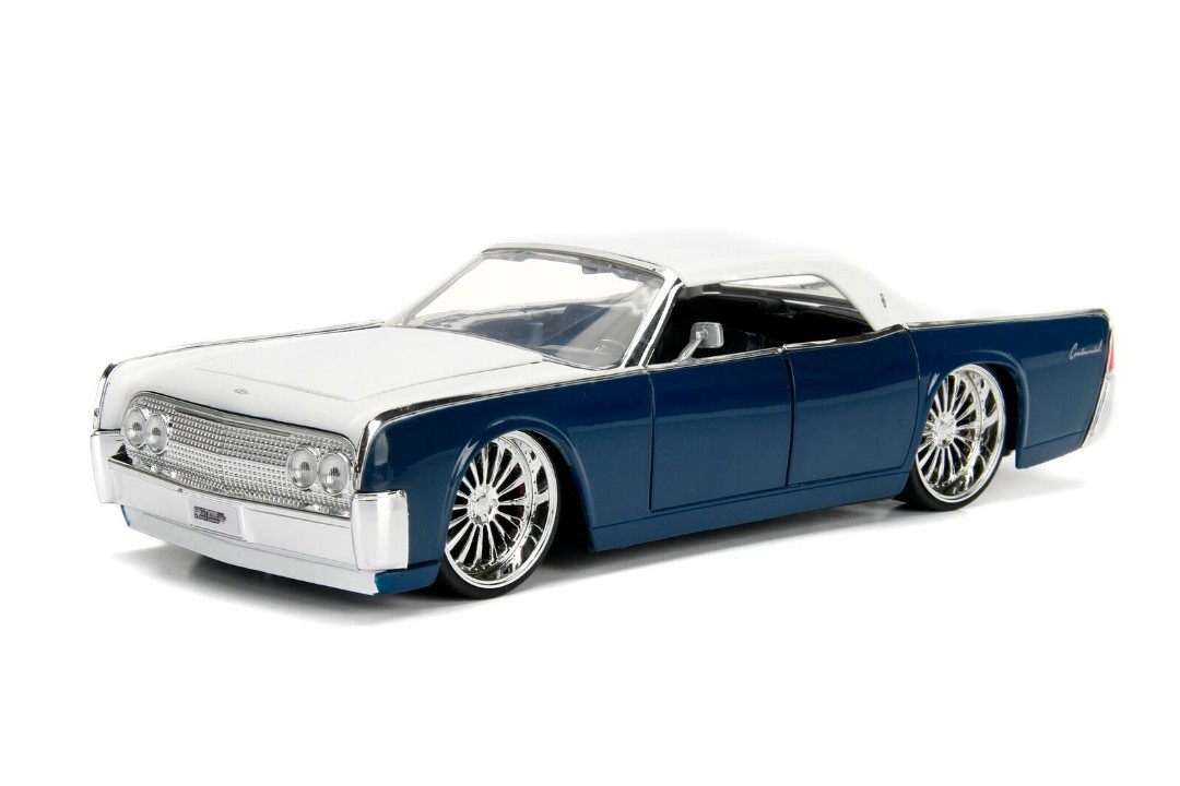"""BIGTIME Kustoms"" 1/24 1963 Lincoln Continental - Navy Blue & Wh"