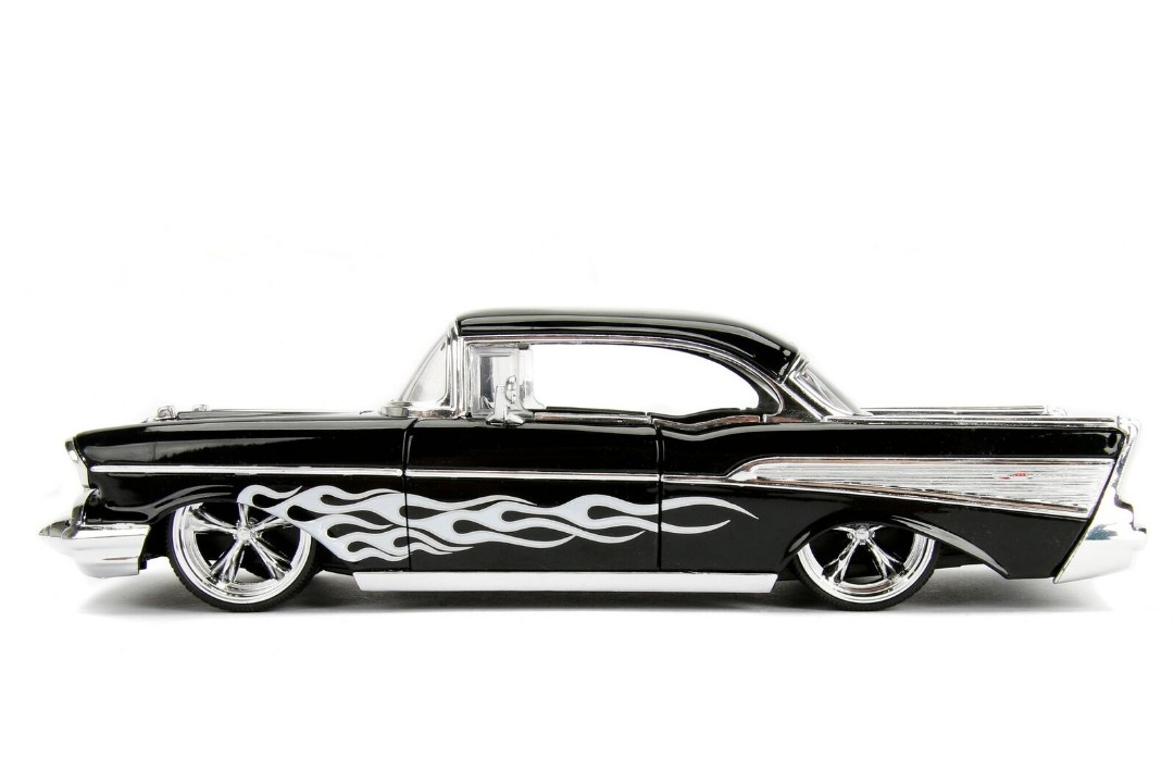 """BIGTIME Kustoms"" 1/24 1957 Chevy Bel Air - Black"