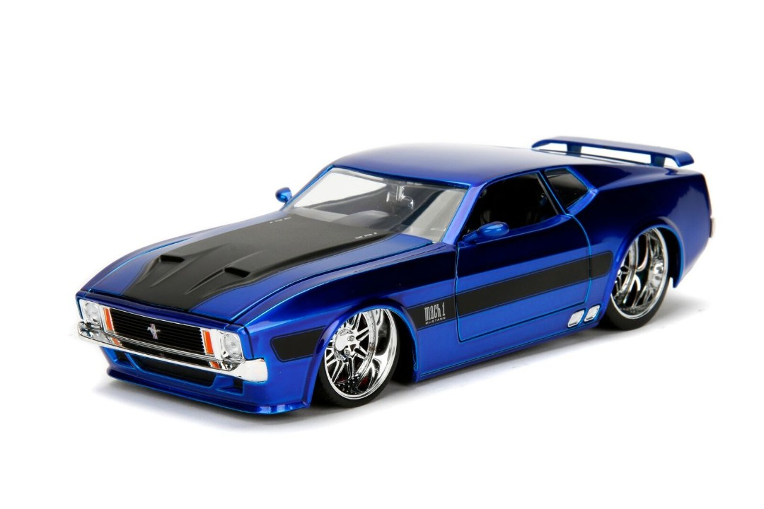 """BIGTIME Muscle"" 1/24 1973 Ford Mustang Mach 1 - Blue"