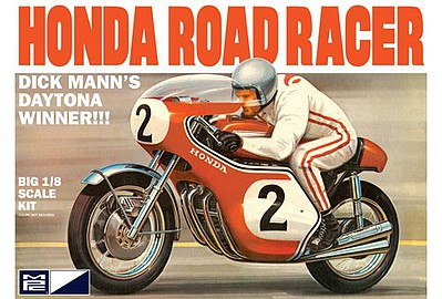 MPC Dick Mann Honda 750 Road Racer Motorcycle 1/8 Model Kit