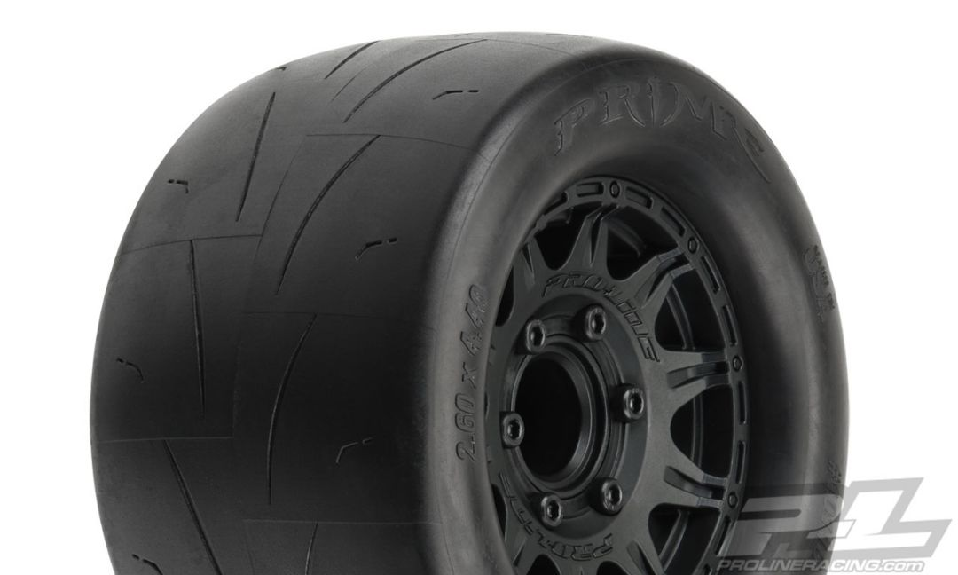 "Pro-Line Prime 2.8"" Street Tires Mounted on Raid Black 6x30 Rem"
