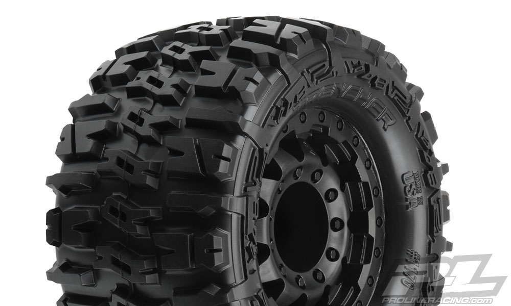 "Pro-Line Trencher 2.8"" All Terrain Tires Mounted on F-11 Black 1"