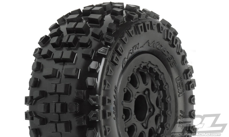 "Pro-Line Badlands SC 2.2""/3.0"" M2 (Medium) Tires (2) Mounted"