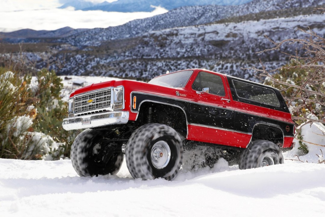 Traxxas TRX4 79 Chevy Blazer 1/10 Crawler, Red - Click Image to Close