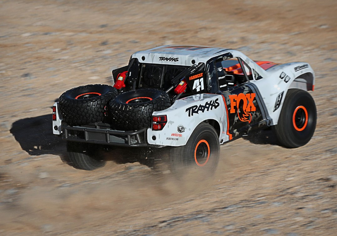 Traxxas Unlimited Desert Racer (UDR) - Fox - Click Image to Close